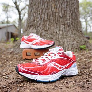 SAUCONY FAST WITCH 5 WOMANS RUNNING SHOES SIZE 6.5